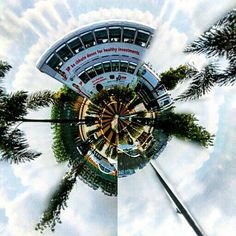 """You spin my head right round""#ampd #iso_therapy  #LittlePlanet #panoramaview #panorama #MiniPlanet #agameoftones #arist_world #like4like #follow4follow #follow4like #beautifuldestinations #createcommune #citykillerz #thecreatorclass #fatalframes #heatercentral #illgrammers #killeverygram #moodygrams #streetmagazine #streetdreamsmag #urbanandstreet #watchthisinstagood #way2ill by iso_therapy"