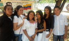 Jovenes de la Comunidad de Sta Brígida. Barrio Palo Negro. Maracaibo