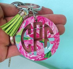 This adorable 2 inch key chain with tassel is prefect to jazz up any bag, keys…
