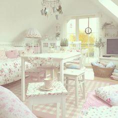 Casinha colorida: Home Tour: Cottage e Shabby Chic
