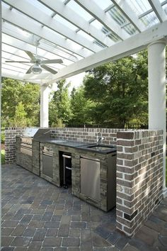Below we have picked some amazing patio cover ideas which are so tempting to copy. You can use these ideas to protect your outdoor patio and make it looks more inviting! kitchen ideas covered Patio Roof Ideas for Double Charm of Your Outdoor Space Patio Roof, Backyard Patio, Diy Patio, Patio Gazebo, Pergola Roof, Outdoor Kitchen Countertops, Patio Interior, Grill Design, Outdoor Kitchen Design