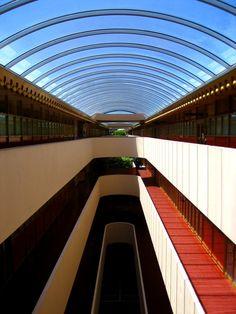 AD Classics: Marin Civic Center / Frank Lloyd Wright. Image © Flickr User CC kara brugman