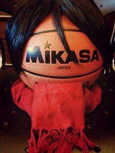 Shingeki no kyojin /mikasa / cosplay. Best Mikasa cosplay I've seen! It wins all of the awards. Attack On Titan Meme, Attack On Titan Fanart, Aot Funny, Hilarious, Eren X Mikasa, Aot Memes, Funny Anime Pics, Mood Pics, Best Cosplay