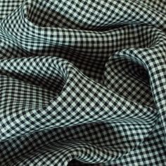 SMALL CHECKED LINEN	 Price (metre):	 £10.50