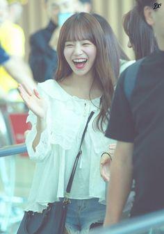 Photo P, Japanese Girl Group, Best Face Products, The Wiz, Yuri, Kpop Girls, Korean Girl, Flower Girl Dresses, Honda
