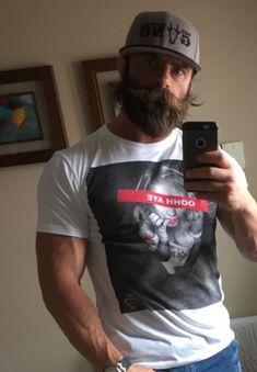 Handsome Bearded Men, Hairy Men, Great Beards, Awesome Beards, Hipsters, Long Beard Styles, Male Pattern Baldness, Long Beards, Beard Love
