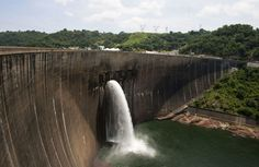 Despite efforts to slow the facility's decline and correct structural problems, Kariba Dam is crumbling; a dam collapse at the site would prove disastrous for the entire region.
