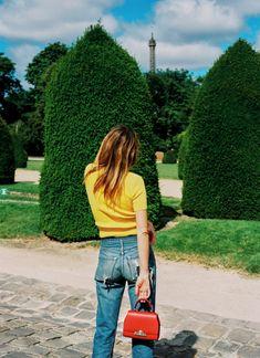 5 Days, 5 Looks, 1 Girl: Model Camille Rowe in Moynat Minimalist Wardrobe, Minimalist Fashion, Minimalist Style, Camile Rowe, Camille Rowe Style, Cherry Baby, 1 Girl, French Chic, Parisian Style