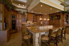 Want This Kitchen. Wow....Minus the Rooster :)