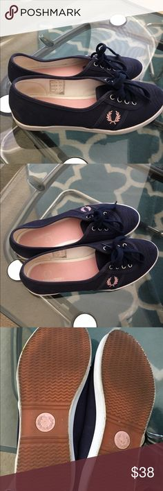 Fred perry shoes Fred perry shoes. Super pretty. Size us 6 as shown in the pic. Fred Perry Shoes Sneakers
