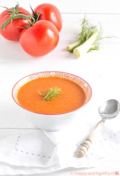 Zomers venkel tomaten soepje - Happy en healthy ! Soup Recipes, Healthy Recipes, Homemade Soup, I Love Food, I Foods, Food Styling, Tapas, Food Photography, Curry