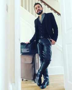 Everyday Leather Guys : Photo