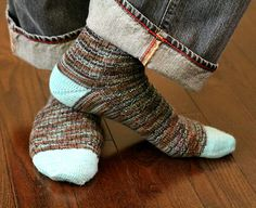 Ravelry: Project Gallery for Syncopation Socks pattern by Mary Henninger