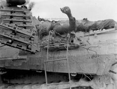 panther Normandy: german soldier burned on back of a panther tank. This panther was seen on a open field in Normandy and attacked by fighter planes. German Soldiers Ww2, German Army, Dramatic Photos, Man Of War, Ww2 Photos, Ww2 Tanks, Time Photo, Armored Vehicles, War Machine