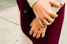 Graphic knits and golden titbits #MAXCONNECTORS #Anouk #AnoukColantoni #accessories #fashion #jewellery