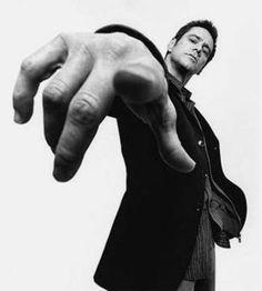Platon- Jim Carrey / Black and White Photography Jim Carrey, Photography Poses For Men, Portrait Photography, Stunning Photography, Black And White Portraits, Black And White Photography, Kreative Portraits, Pose Reference Photo, Hand Reference