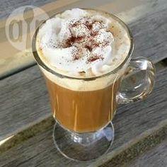 Lebkuchen-Kaffee (Gingerbread Coffee) - Ein köstlicher Kaffee für die Adventszeit. Den Sirup muss man nicht auf einmal aufbrauchen, er hält sich einige Tage im Kühlschrank.@ de.allrecipes.com