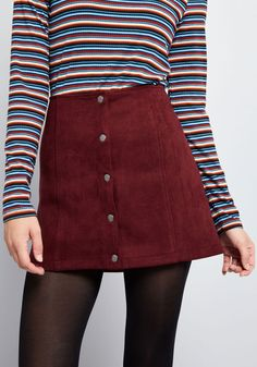 Here are some different denim mini skirts outfit inspiring ideas for you. Fall Fashion Outfits, Edgy Outfits, Look Fashion, 90s Fashion, Winter Outfits, Autumn Fashion, Cute Outfits, Fashion Clothes, Beautiful Outfits