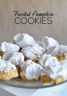 Delicious Frosted Pumpkin Cookies. Do you love pumpkin in the fall? Then you will love this cookie recipe! www.thirtyhandmadedays.com