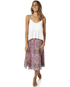 Features: Colour: Desert Rose Material: Viscose Crepe Fit type: High waisted Midi length skirt Elastic at back waist and zip Front splitsSize + Fit Guide: Model's Height: 170cm Model's Bust: 86cm Model's Waist: 61cm Model's Hips: 86cm Model wears a Size: 8