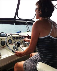 How do women educate themselves about sailing? « The Women and Cruising Blog