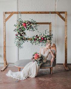Beautiful wedding flower arrangement for wedding backdrop - flowers on frame wedding backdrop #weddingbackdrop #backdrop #weddingflowers