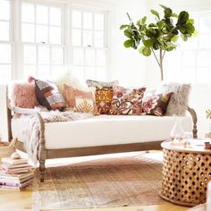 Same daybed for sunroom - cover in pillows and throw blanket - Kate Romenesko - . Same daybed for Daybed In Living Room, Daybed Couch, Daybed Room, Living Room Furniture, Living Room Decor, Bedroom Decor, Daybed Bedding, Rattan Daybed, Sofa In Bedroom