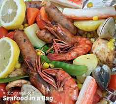 We are the DinoFamily 我們是恐龍家族 Seafood In A Bag, Pot Roast, Singapore, Parenting, Dishes, Baking, Eat, Breakfast, Ethnic Recipes