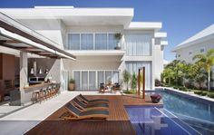 Casas modernas de ANGELA MEZA ARQUITETURA & INTERIORES