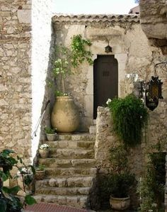 Picture of Eze ~ French Riviera ~ Cote d'Azur ~ France. I loved my times in Eze, such a fantastic garden there too! Vila Medieval, Wonderful Places, Beautiful Places, Porches, Ville France, Eze France, Villefranche Sur Mer, French Countryside, Stone Houses