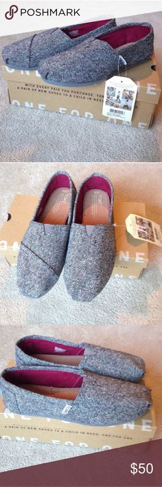 TOMS classic slip-on shoes - NWT Brand new TOMS size 8 with tags and box included. Could be a great holiday gift! They have a bit of shimmer to them, super cute! TOMS Shoes Flats & Loafers