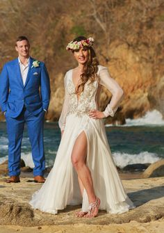 A wedding dress have to be perfect for your body, trendy, according to the wedding venue, season and comfortable so you can dance all night!! #weddingdress #beachwedding #weddingideas