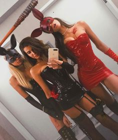16 Insanely Hot and Easy Group Costumes to Wear this Halloween. 16 Insanely Hot and Easy Group Costumes to Wear this Halloween. Bunny Halloween Costume, Halloween Look, Halloween Costumes For Girls, Girl Costumes, Hot Couple Costumes, Halloween Makeup, Halloween Zombie, Halloween Inspo, Zombie Makeup