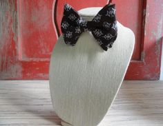 Men's Retro Bow Tie - Large - Clip-on by cherylanngoods on Etsy