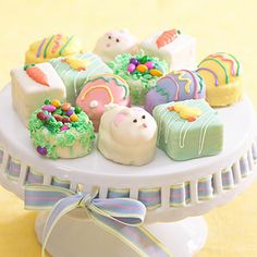 THEY'RE BACK!  The world's cutest Easter Petit Fours from Stonewall Kitchen.