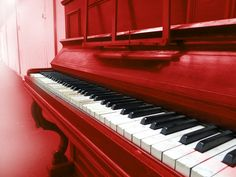 I must, must convince Lucas to let me paint the piano. Or do it and ask for forgiveness.