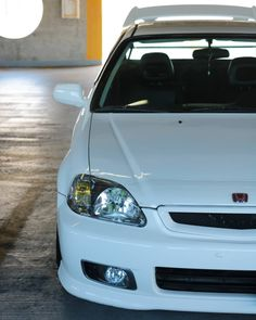 I miss my power folding mirrors. I miss folding it with a push of a button. One day again I'll go back to the CTR EK9 look but with the 5…