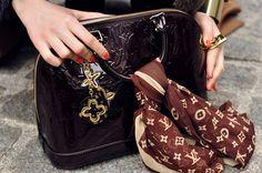 <3<3 Louis Vuitton purse