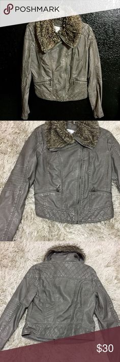 Moto Leather Jacket Charcoal Leather jacket with faux fur trim. Size large. Worn once. In great condition. Great for fall and winter! Has two zip pockets on front. Feel free to ask questions! 💖 Xhilaration Jackets & Coats
