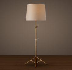 Parlor? Photographer's Telescoping Floor Lamp