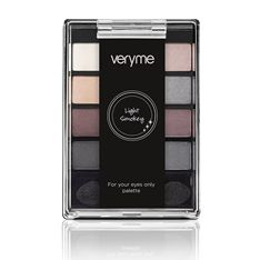 Very Me Light Smokey For your eyes only Palette