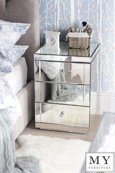 Mirrored Bedside Table cabinet 3 Drawers with Plinth - LUCIA | eBay