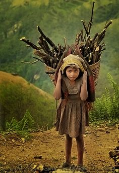 """Pinner says, """"I am captivated by this picture"""". I am too, no child should have to carry a heavy load, unless they want to."""