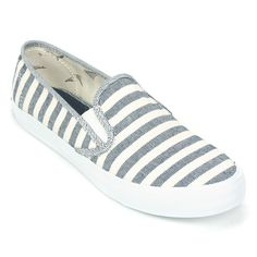 Enjoy comfortable beachside comfort wherever you are with the Seaside Breton Stripe Canvas Slip-On Shoes for Women from Sperry Top-Sider. Combining the classic casual look of breathable, salt-washed t
