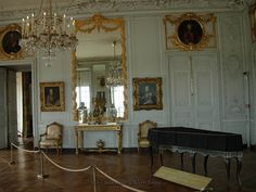 Interior view of the apartment of daughter of King Luis XV at Versailles.