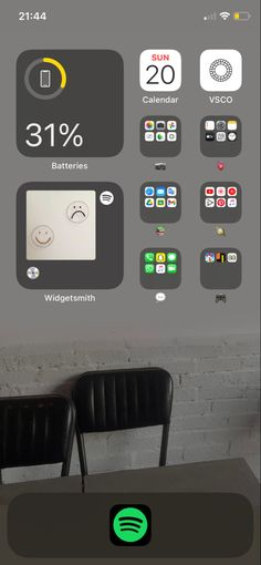 Iphone App Design, Iphone App Layout, Ios Design, Icones Do Iphone, Iphone Wallpaper App, Apps, Iphone Icon, Phone Organization, Layouts