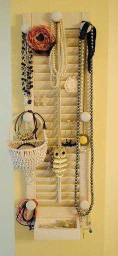 Thrift My House repurposed Small – Thrift My House – Jewelry Organizer Diy Diy Shutters, Wooden Shutters, Repurposed Shutters, House Shutters, Plastic Shutters, Bedroom Shutters, Jewellery Storage, Jewellery Display, Diy Jewelry