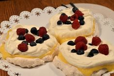 Mini Pavlova, Reis Krispies, Sweet Pastries, Fika, Cheesecake, Dessert Recipes, Sweets, Yummy Yummy, Cakes