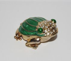 Frog Trinket Box Colorful Magnetic Jeweled by StetsonCollectibles