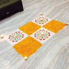 Simple Rangoli Designs For Daily in amazing pattern. Rangoli Designs Simple Diwali, Easy Rangoli Designs Diwali, Rangoli Simple, Rangoli Designs Latest, Rangoli Designs Flower, Rangoli Border Designs, Rangoli Patterns, Rangoli Ideas, Rangoli Designs With Dots